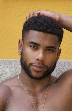 Hot Black Guys, Fine Black Men, Gorgeous Black Men, Handsome Black Men, Handsome Guys, Pretty Men, Beard Styles, Hair Styles, Black Men Beards