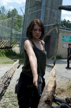 Picture: Lauren Cohan in 'The Walking Dead.' Pic is in a photo gallery for Lauren Cohan featuring 45 pictures. Carl The Walking Dead, The Walk Dead, Walking Dead Season 4, Walking Dead Tv Show, Maggie Walking Dead, Walking Dead Prison, Rick Grimes, Lauren Cohan, Glenn Y Maggie