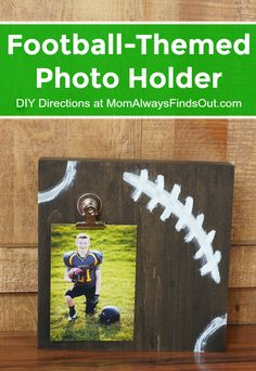 How To Make a Football Themed Photo Holder (DIY Picture Stand) Proudly display your football team photo in this football-themed photo holder. Create a DIY picture stand in minutes with this easy tutorial. Football Coach Gifts, Football Rooms, Football Banquet, Football Signs, Football Crafts, Football Themes, College Football, Football Room Decor, Football Player Gifts