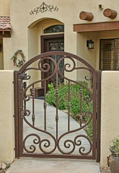 Wrought iron doors are indeed a style from the past. With creativity, you can make your house look more sophisticated with the wrought iron front doors. Wrought Iron Garden Gates, Metal Gates, Wrought Iron Doors, Wood Gates, Tor Design, Gate Design, Front Gates, Entry Gates, Entry Doors