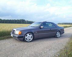 Mercedes Benz Classes, Mercedez Benz, Classic Mercedes, Mercedes Benz Cars, Vroom Vroom, Motors, Classic Cars, Wheels, Friends