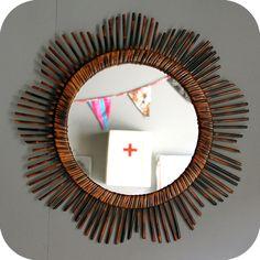 Pour créer un mur de miroirs vintage. Modèle à retrouver sur www.atelierdupetitparc.fr