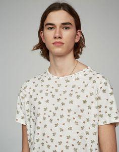 Printed short sleeve T-shirt - T-shirts - Clothing - Man - PULL&BEAR Italy