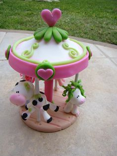 Carrousel en porcelana fria