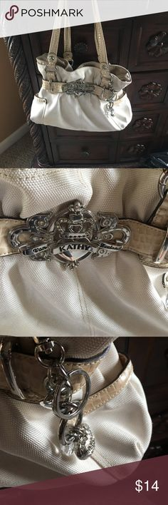 Kathy Ireland purse Very pretty Kathy Ireland purse kathy ireland Bags Shoulder Bags