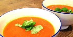 Spicy paprika soep
