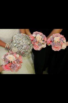 LOVE broach bouquets!!!!