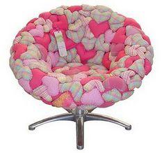 Lily-Baby-Shop: Capa em Coracoes de Patchwork - Puff e Cadeira - Ideal para Decorar Quartos de Bebe