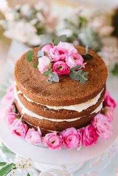 Naked wedding cake | Elias Kordelakos Photography | Bridal Musings