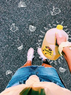 VSCO - I guess y'all like lemonade just as much as I do🍋💛💫 Artsy Photos, Cute Photos, Cute Pictures, Emoji Pictures, Vsco Pictures, Creative Photos, Foto Doodle, Vsco Tumblr, Poster S