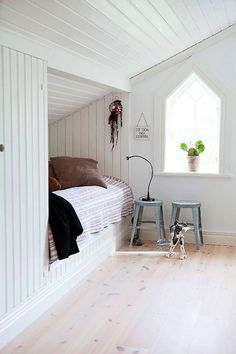 Cool under-the-eave bed nook in all white. Attic Bedrooms, Home Bedroom, Bedroom Decor, Bedroom Nook, Budget Bedroom, Bedroom Ideas, Bedroom Beach, Attic Spaces, Small Spaces