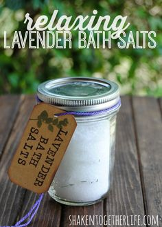 Make relaxing lavender bath salts with only 2 ingredients! Great #DIY for Mothers' Day! #YoungLiving