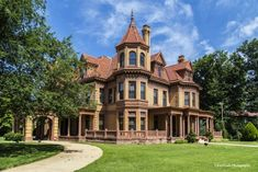 Oklahoma has many beautiful historic homes that are must-visit.