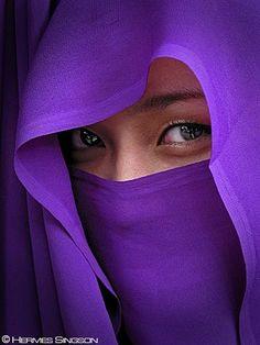 Hiding Behind The Purple Purple Rain, Purple Love, All Things Purple, Purple Lilac, Shades Of Purple, Deep Purple, Red And Blue, Purple Stuff, Color Violeta