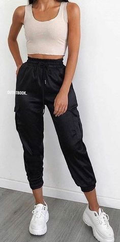 Summer Outfits - Amazing Summer Outfits to Copy Now - Outfit Ideen - Modetrends Black Summer Outfits, Summer Outfits Women Over 40, Modest Summer Outfits, Summer Outfit For Teen Girls, Casual Summer Outfits, Cute Outfits, Amazing Outfits, Winter Outfits, Spring Outfits