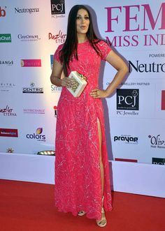 Sonali Bendre at the FBB Femina Miss India 2015 pageant.