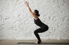 Are you a complete beginner to yoga? This 20 minute yoga routine for beginners will help you tone, improve flexibility, lose weight, and build a strong foundation of some of the most essential yoga poses. Physical Fitness, Yoga Fitness, Yoga Video, Yoga Routine For Beginners, Cool Yoga Poses, Yoga Positions, Flexibility Workout, Improve Flexibility, Yoga For Weight Loss