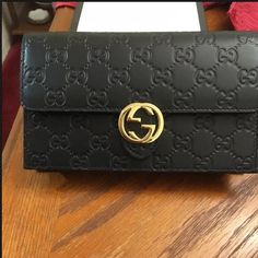 Gucci Icon Guccissima Wallet on Chain, Black Gucci Icon Guccissima Wallet on Chain, Black. This item is Authentic!!! Comes with original packaging. No trades. On Mercari for $600 Gucci Bags Clutches & Wristlets