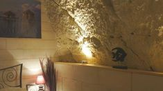 A walk from Amboise Castle, this bed and breakfast is set in an original, quarry and is carved out of the rock. Hermitage, Underground Caves, Bed And Breakfast, Swimming Pools, Carving, Traditional, Beautiful Hotels, Switzerland, Bedrooms