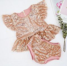 COMING SOON - Champagne Chanel Glitter 2 Pc Set Give us all the glitz and glam! This golden and girly 2 piece set is an absolute show-stopper! The perfect set for her special day! Rose Gold Sequin Top, Rose Lace, Gold Sequins, Ruffles, First Birthday Outfits, Fall Fashion 2016, Little Fashionista, Glitz And Glam, Summer Baby