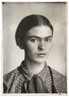 Up close and personal: Frida Kahlo's photo album