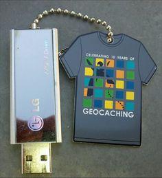 10 Year Tag A Bondz - USB-stick