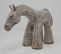 #piernik #horse #sculpture #ceramics #white #gray #horsesculpture Horse Sculpture, Sculptures, Horses, Ceramics, Gray, Ceramica, Pottery, Grey, Sculpture