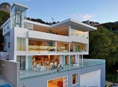 8 Bedroom House for sale in Bantry Bay, Cape Town R 55 000 000 Web Reference: P24-100678231 : Property24.com