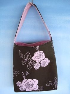 """Preciouspatterns """"Simple Tote Bag"""" pattern on Etsy. Good for the beginner sewer."""