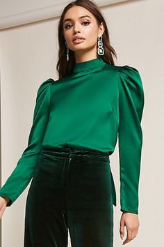 Forever 21 is the authority on fashion & the go-to retailer for the latest trends, styles & the hottest deals. Shop dresses, tops, tees, leggings & more! Blouse Styles, Blouse Designs, Bluse Outfit, Lazy Day Outfits, Bow Tops, Forever 21, Shop Forever, Satin Blouses, Madame