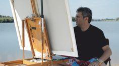 Enric Rubió pintant en el Pleinair Festival.