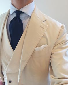 """suitsandshirts: """" Perfect summer look by @yamagamishirt #SuitsandShirts #dnasartorial #yamagami #summer #outfit #fashionblogger #outfit #picoftheday #tailored #sartorial..."""