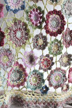 Crochet Diy, Freeform Crochet, Love Crochet, Crochet Motif, Crochet Shawl, Crochet Flowers, Crochet Stitches, Crochet Squares, Crochet Blanket Patterns