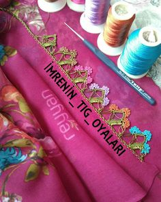 Diğer modelimin hazırlığını yaptım anneme devrettim bende bununla devam edicem inşAllah tez zamanda biter hayırlısı ile nasıl olmuş… Crochet Lace Edging, Needle Lace, Lace Flowers, Tatting, Diy And Crafts, Geek Stuff, Pattern, Design, Mandala Coloring Pages