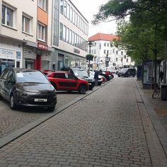 Hildesheim, 7. Mai 2017, Automeile in Hildesheim. . . . #hildesheim #germany #deutschland #männerkram #niedersachsen #autos #autos #bestofhildesheim #instagram #instergramde #alemania #amateurphotographer #foto #photo #photographer #photographers http://unirazzi.com/ipost/1509382679396604357/?code=BTyZ4zDj9nF
