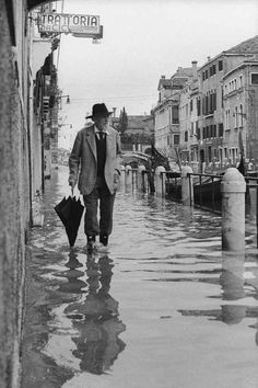 Floods in Venice, Italy, 1964