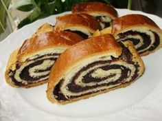 European Dishes, Eastern European Recipes, Czech Recipes, Sweet Desserts, I Love Food, Hot Dog Buns, Bagel, Sweet Treats, Food And Drink