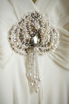 Jenny Packham Gown, Pearl Brooch