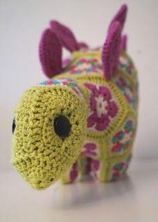 Puff the magic Stegosaurus, Heidi Bears crochet pattern
