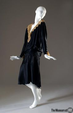 Dress Coco Chanel, 1926 The Museum at FIT
