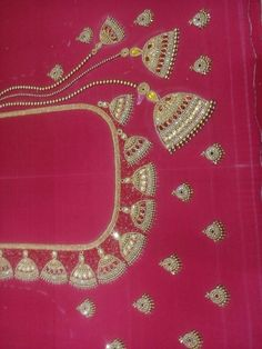 Cutwork Blouse Designs, Wedding Saree Blouse Designs, Best Blouse Designs, Simple Blouse Designs, Dress Neck Designs, Mirror Work Blouse Design, Hand Work Design, New Embroidery Designs, Fabric Paint Designs
