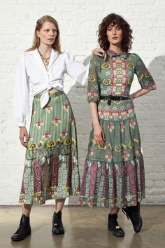 Temperley London Resort 2019 Fashion Show Collection: See the complete Temperley London Resort 2019 collection. Look 16