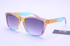 love this casual style :)) ,and I highly recommend the RayBan sunglasses , sale only $12, it's authentic and quite nice.