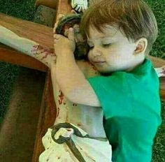 He is hugging a bloody man who is hung by his wrists from a torture device. Religious Images, Religious Art, Jean 3 16, Image Jesus, Childlike Faith, Jesus Art, Holy Rosary, Divine Mercy, Jesus Pictures