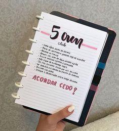 5 am club Bullet Journal School, Bullet Journal Tracker, 5am Club, Notebook Organization, Drawing Journal, Diy Calendar, School Notes, Useful Life Hacks, Study Notes
