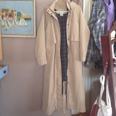 L. L. Bean trench coat Amazing LL bean parka/trench...warm lining, in mint condition! Says small but I'd call it a medium...the lining can also be zipped out for a lighter coat :-) multifunctional L.L. Bean Jackets & Coats