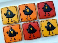 Karl the crow cookie Bird Cookies, Fall Cookies, Cookies For Kids, Cupcake Cookies, Turkey Cookies, Cupcakes, Sweet Cookies, Sweet Treats, Iced Sugar Cookies