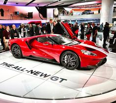 All-new Ford GT at NAIAS Detroit 2017. #naias2017 #naias #quickcarreview #cars #carsofinstagram #auto #instacars #review #worldpremiere #ford #fordgt @ford @forddeutschland @fordeurope