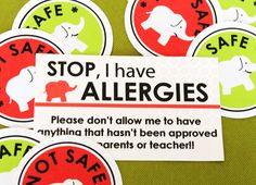 FREE printable labels & allergy info cards to help out babysitter to send into nursery or school . . . helps older kids pick safe snacks at home, too . . .