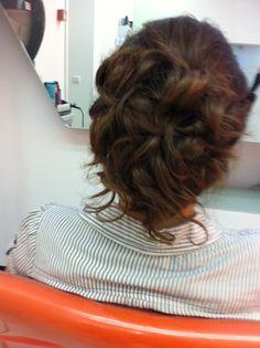 Styling - Penteados Bellisima, Long Hair Styles, Beauty, Up Dos, Long Hairstyle, Long Haircuts, Long Hair Cuts, Beauty Illustration, Long Hairstyles
